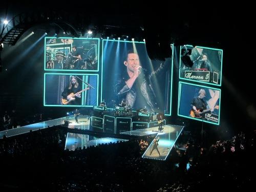 Maroon 5, band close up