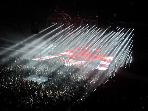 Maroon 5 lights