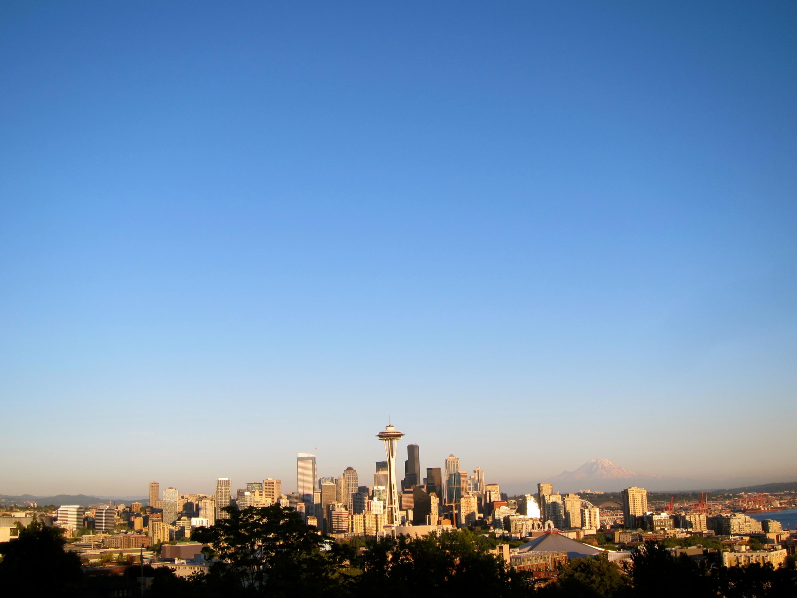 Seattle Skyline Kerry Park Daytime