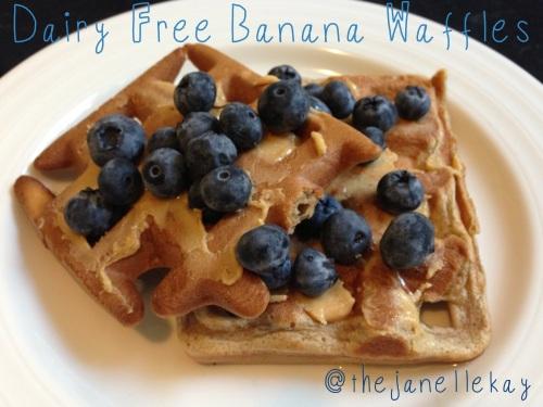 Vitamix: Dairy Free Banana Waffles