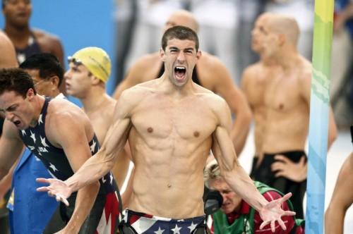 Schwimmstar Phelps gibt in Wasserpfeifen-Affäre Fehlverhalten zu